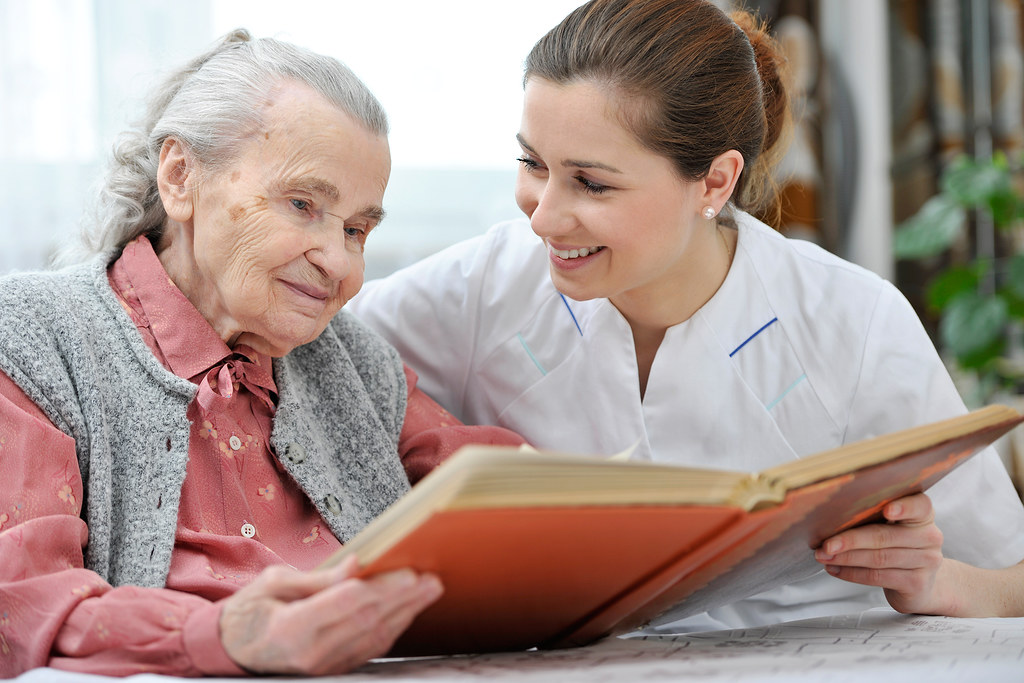 How to Care for an Elderly Parent at Home